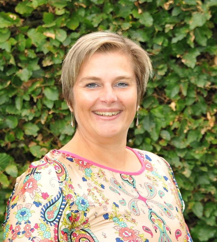 Madame Valérie MEESSEN